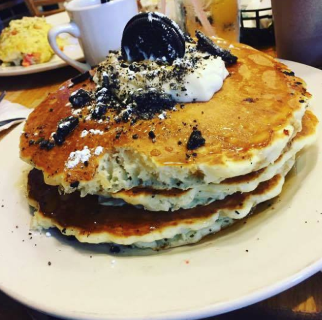 Oreo Pancakes from Hudson Cafe. - INSTAGRAM VIA @GABRIELLEVICMM