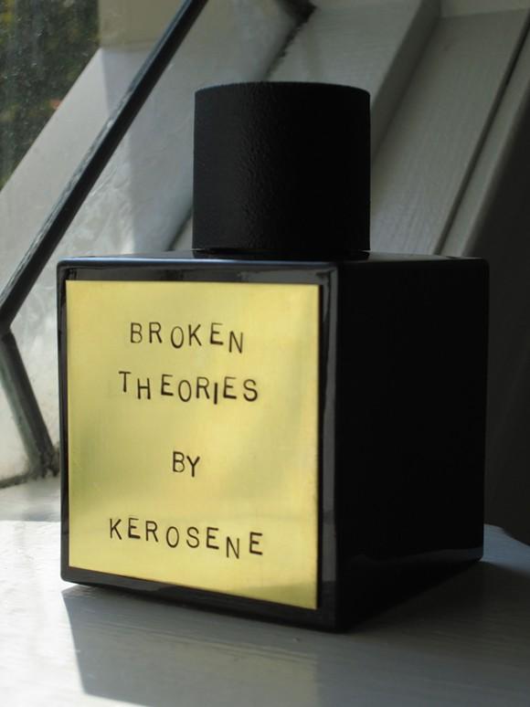 brokentheoriesbottlepic.jpg