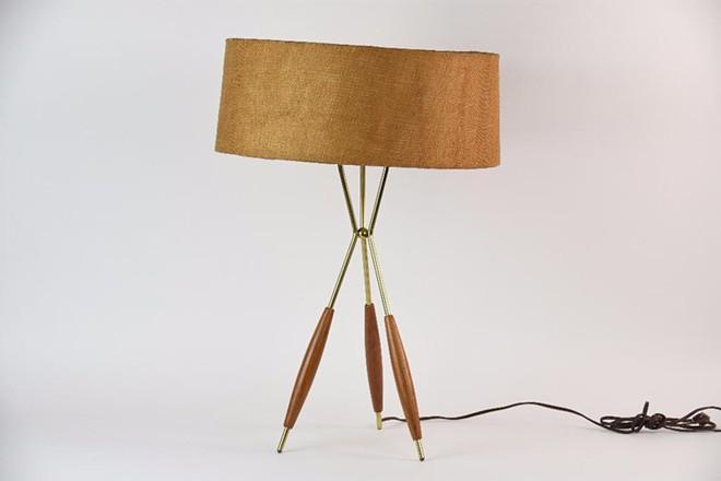 gerald_thurston_for_lightolier_tripod_lamp.jpg