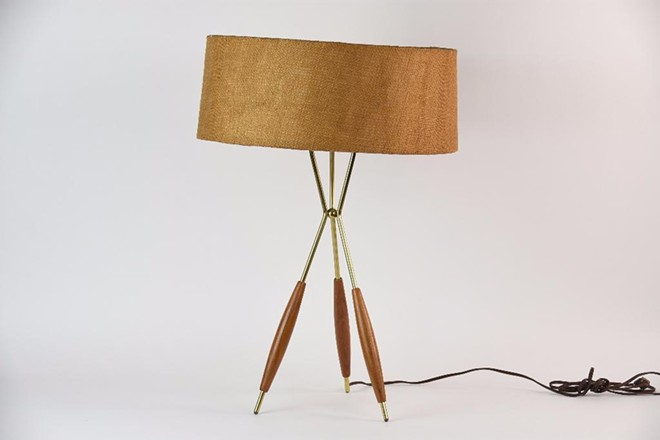 gerald_thurston_for_lightolier_tripod_lamp.jpg