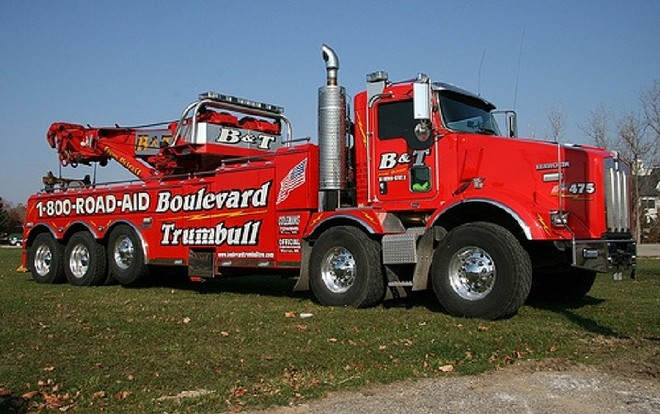 A truck with Gasper Fiore's Detroit-based Boulevard and Trumbull towing company. - PINTREST