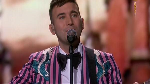 Sufjan Stevens performing at the Oscars. - SCREENGRAB