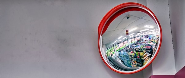 A closer look at compulsive shoplifters