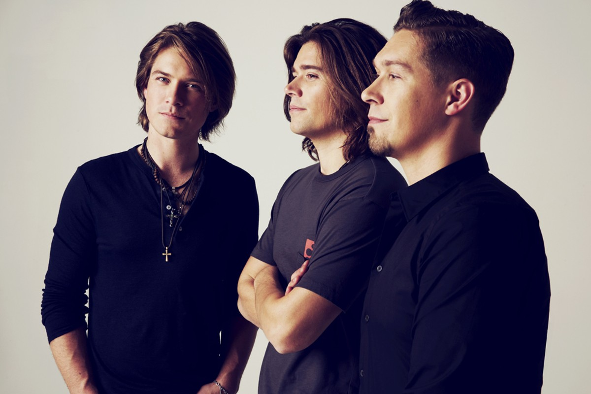 Flesh, blood, and MMMbop: the men of Hanson.
