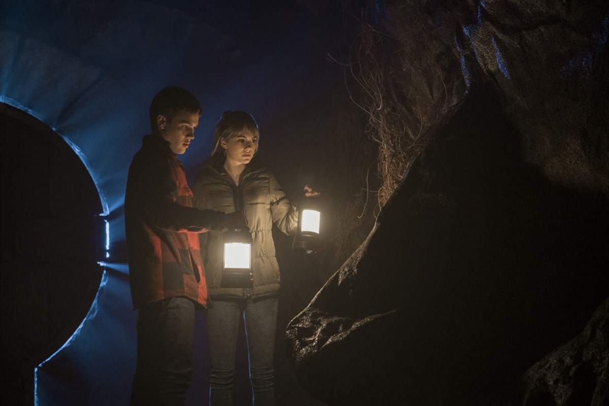 Connor Jessup and Emilia Jones in Locke & Key.