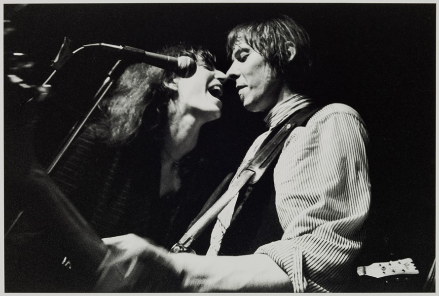 """PATTI SMITH & FRED SONIC SMITH, NEW MIAMI BAR, 1980,"" SUE RYNSKI, 1980, GELATIN SILVER PRINT. DETROIT INSTITUTE OF ARTS."