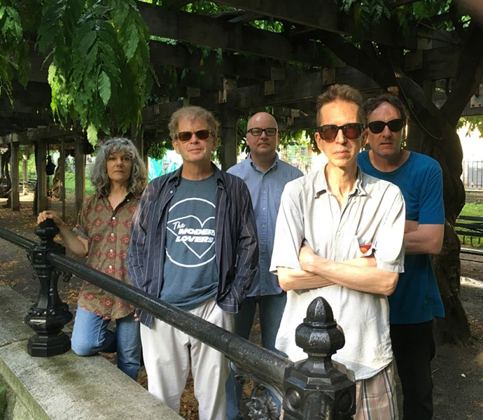 THE FEELIES. PHOTO BY JOHN BAUMGARTNER.