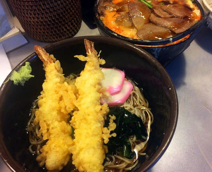 Tempura soba - TOM PERKINS