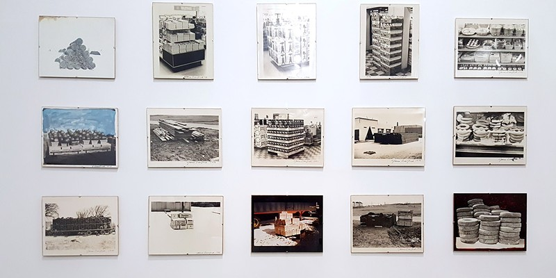 20 untitled photographs, Pile Series (1967, 1972, 1973)