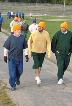 Inmates at Cotton during the 5K race.
