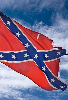 Ironic protest with Confederate flag causes confusion in Lincoln Park