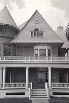 Mackenzie House in the 1980s.
