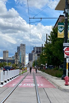 QLine, buses get dedicated lane in front of Detroit's Little Caesars Arena (2)