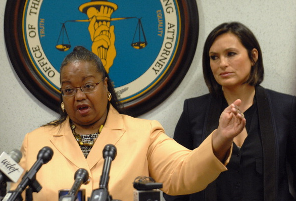 Wayne County Prosecutor Kym Worthy and actress Mariska Hargitay, of TV's Law and Order: SVU, at a 2014 news conference on the rape kit initiative. - MT FILE PHOTO