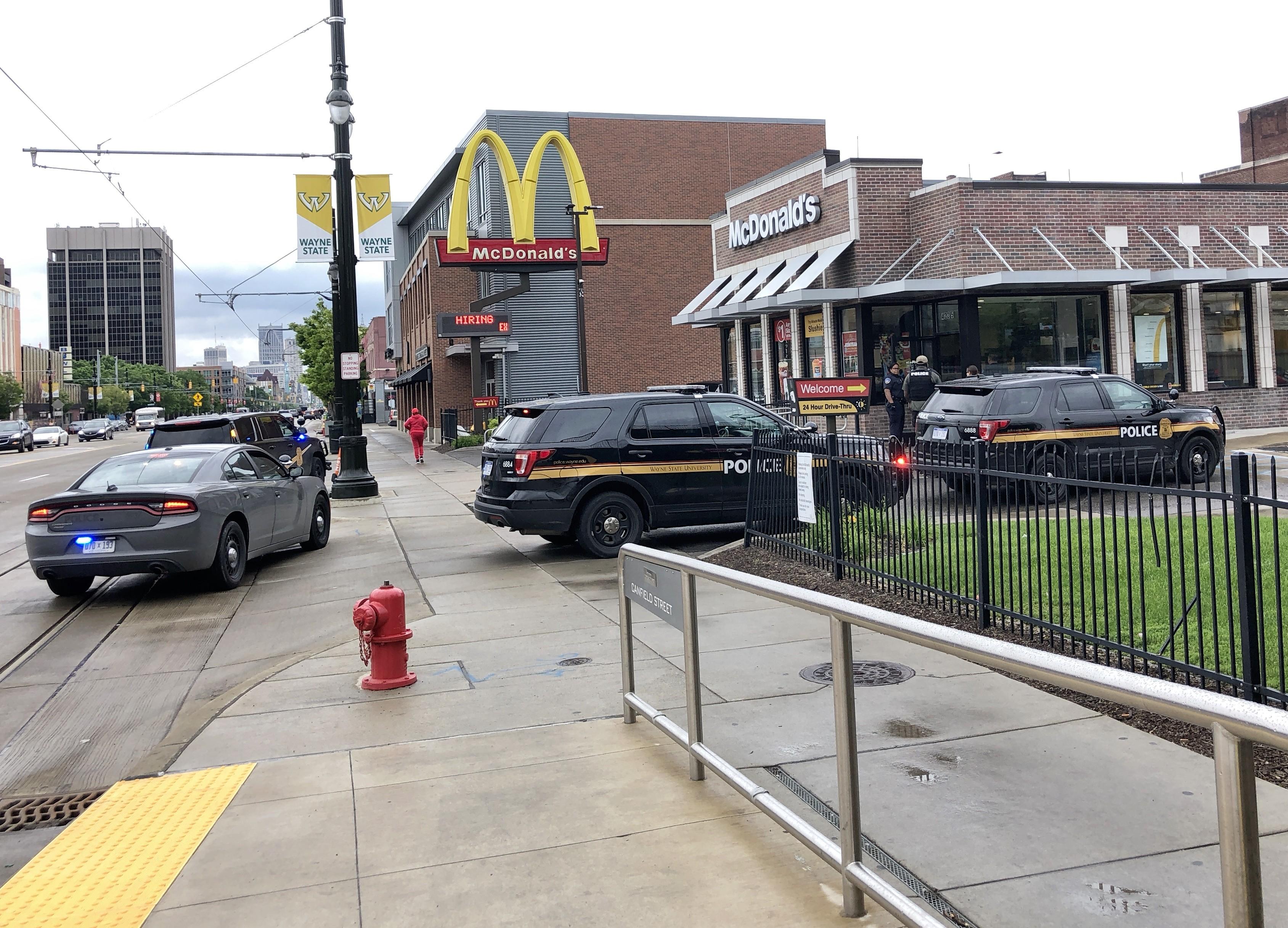 detroit mcdonalds customers say - HD3378×2433