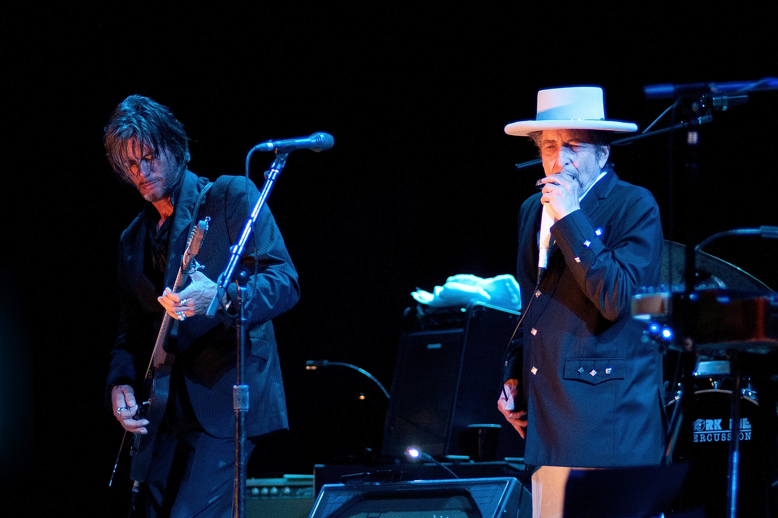One of the last legends standing, Bob Dylan, heads to Ann Arbor, East Lansing this fall