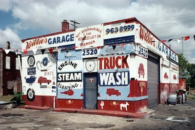 """As this photo illustrates, Detroit's sign painters have a knack for creating can't-miss optic appeal that predates the coolness of """"street art."""" But why aren't they news? Should they be? - PHOTO COURTESY CAMILO JOSÉ VERGARA"""