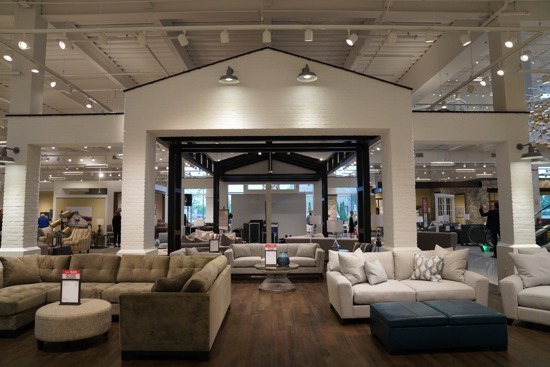 Loves Furniture To Open In Former Metro, Used Furniture Detroit Mi