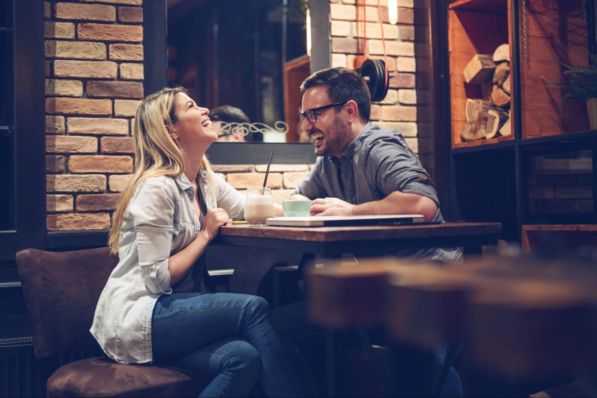 dating online de metrou detroit