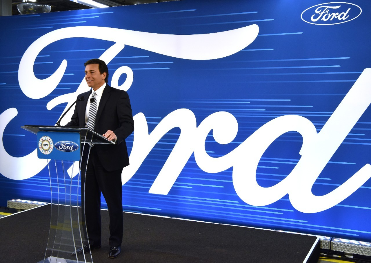 Ford reportedly to fire ceo mark fields amid race for for Ford motor company leadership