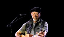 Richard Thompson brings career spanning performance to the Majestic Theatre
