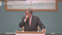 Holland pastor tells his followers to get COVID-19 (while coughing)