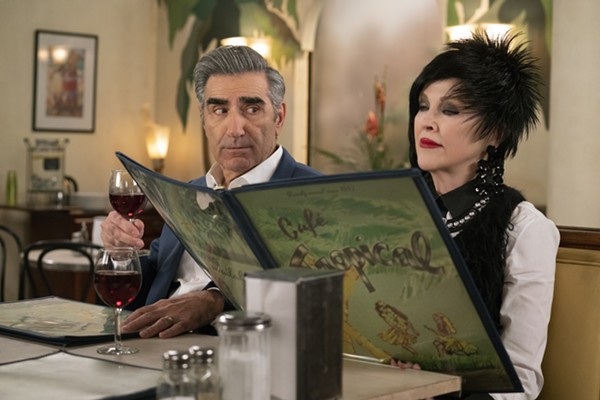 The cast of 'Schitt's Creek' heads to Detroit's Masonic Temple