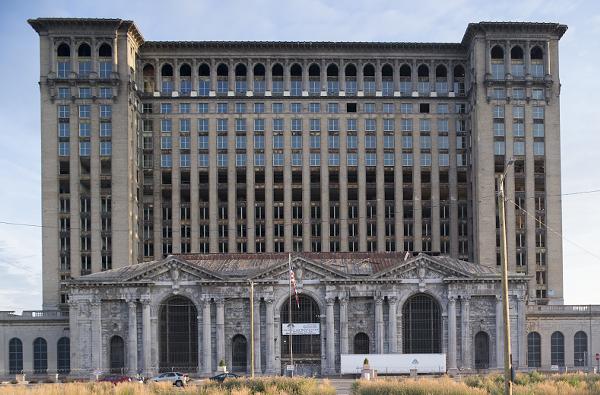Best Hotels In Metro Detroit