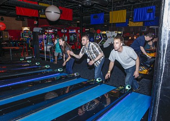 10 bars to get your game on in southeast Michigan