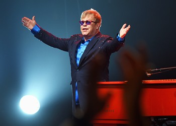 Elton John will play in Detroit during farewell tour