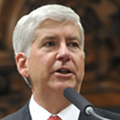 Gov. Snyder calls for more time before decision to close schools