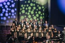 6cfcf518_choir_far_3.jpg