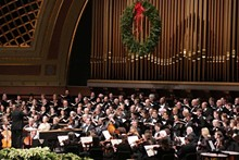 53e04150_messiah-ums-choral-union-by-peter-smith-1140x760.jpg