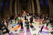 1c581945_yoga_photo2.jpg