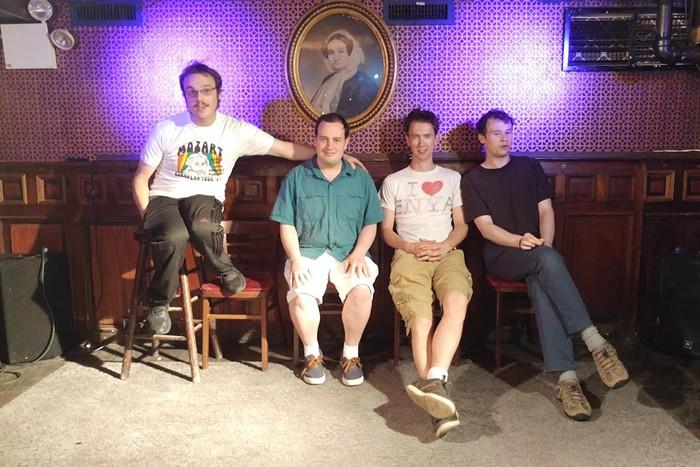 De gauche à droite:nouveau Michael Ingemi, Ethan Finlan, Noah Britton et Jack Hanke - PHOTO AVEC L'AUTORISATION D'ASPERGER SONT NOUS