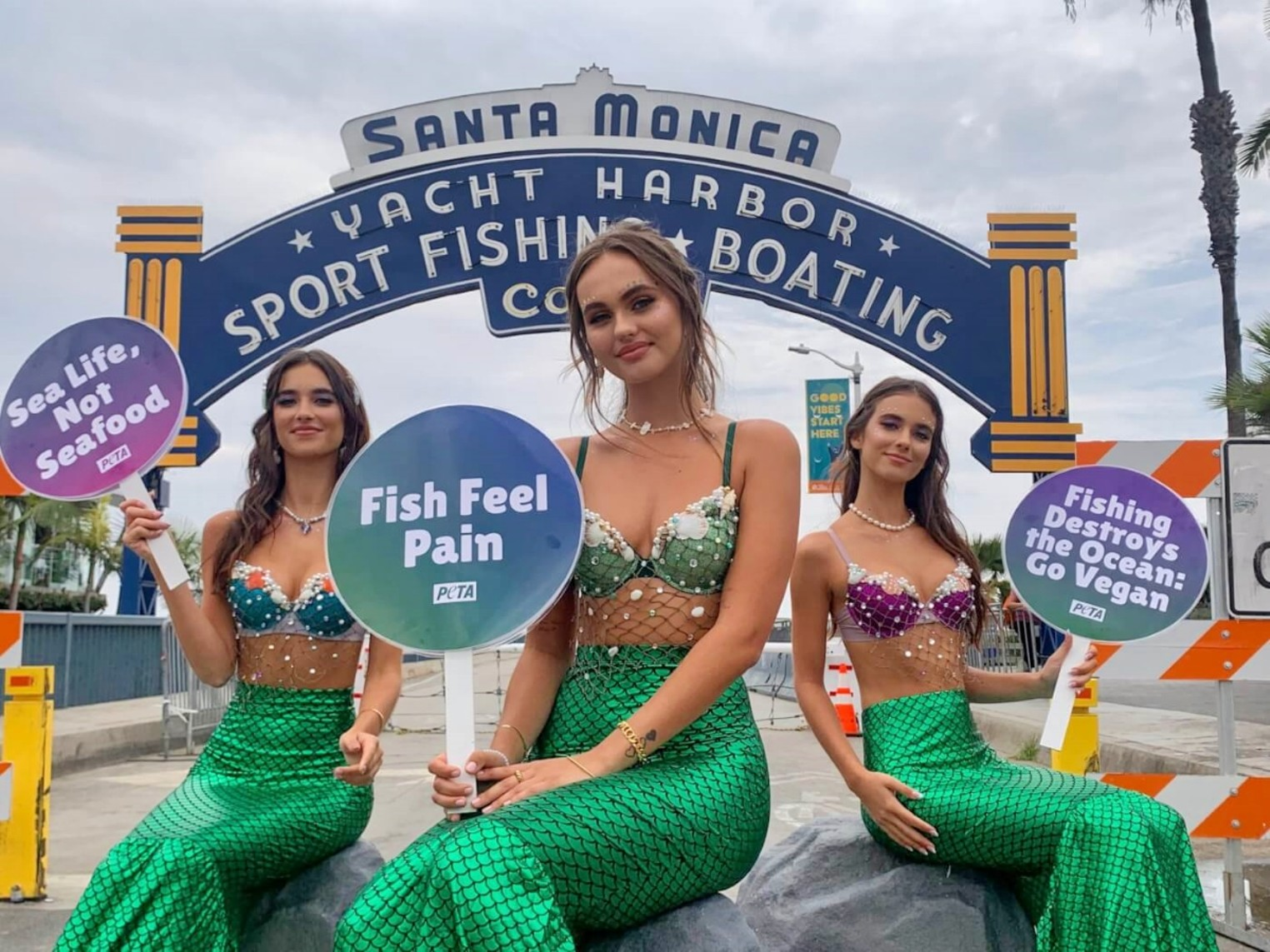 A PETA Mermaid Will Wash Ashore on Fort Lauderdale Beach Today With Free Vegan Crab Cakes