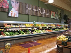 PHOTO BY BOB DORAN - A sign at the Arcata Safeway promotes the store's organic produce.