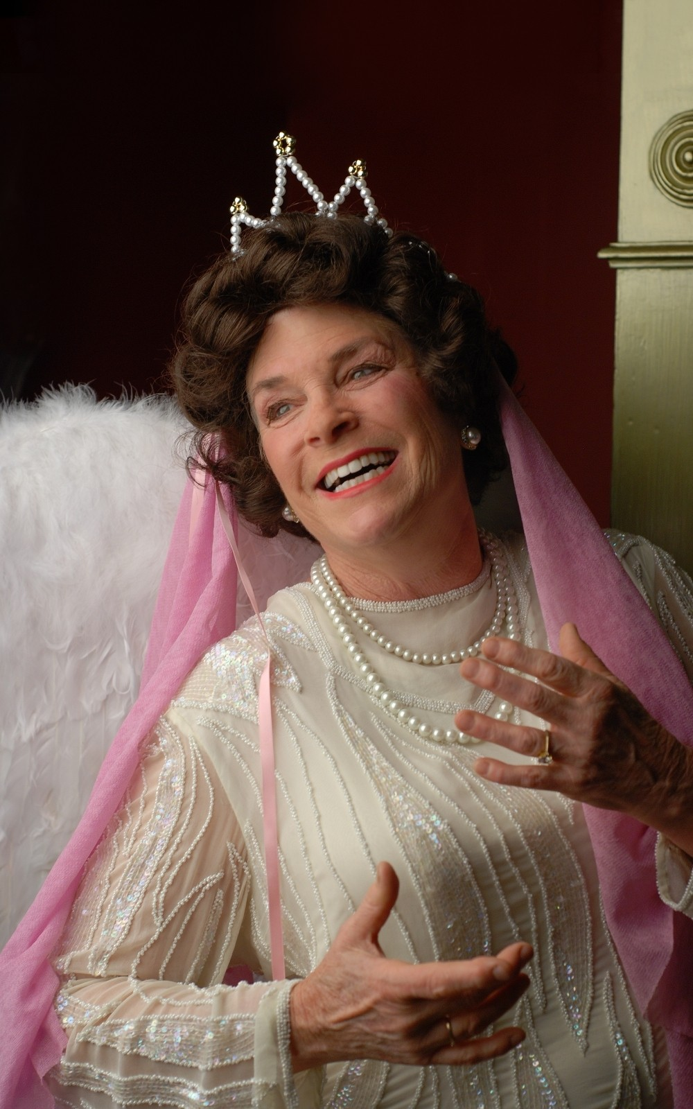 - Lynne Wells shines as opera singer Florence Foster Jenkins in the Redwood Curtain production of Glorious!  -