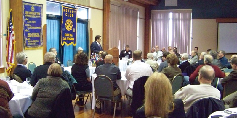 Eureka's New Boss Bill Panos, Eureka's new city manager, told more than 100 Rotarians at their early January meeting that he's going to take his time to understand the community and the people. photo by Heidi Walters