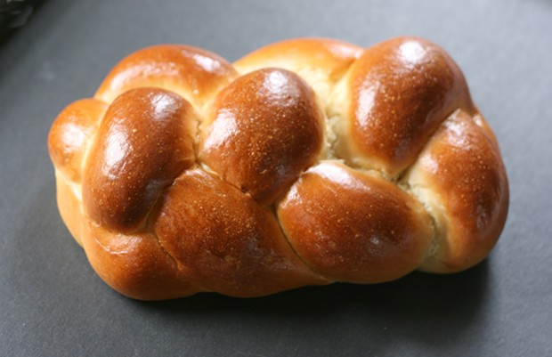 Challah from Los Bagels - PHOTO BY BOB DORAN