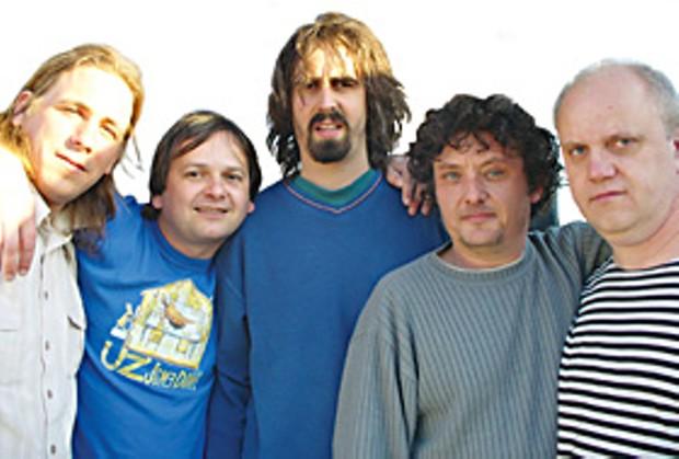 Czech prog/punk avant-rock band Uz Jsme Doma. Foto by Karel Šuster
