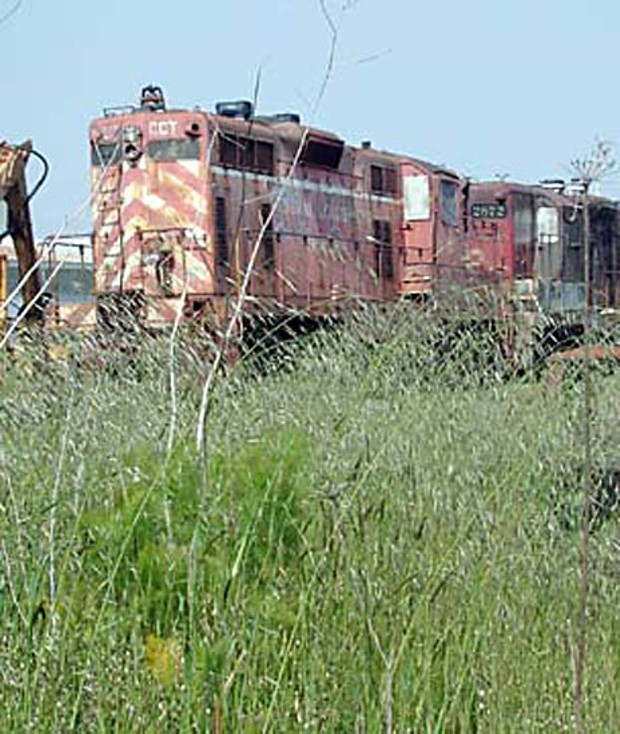 Dead locomotive on Eureka's Ballon Track. File photo