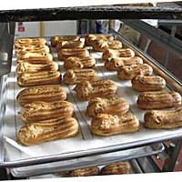 Dream cafe Fresh out of the oven: éclairs at Café Brio. Photo by Bob Doran.