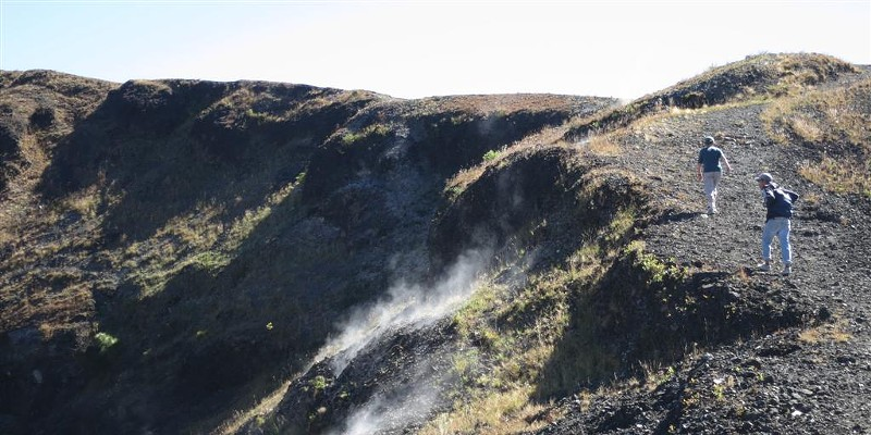 Instant Volcano Fumaroles on the rim of Paricutín crater are reminders of recent volcanic activity. photo by Barry Evans