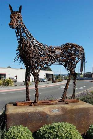 Linda Wise's metal horse sculpture - PHOTO BY ANDREW GOFF