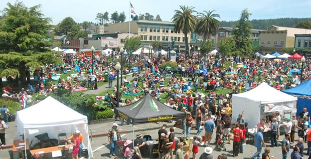 Look at that crowd! Oyster Fest 2012.