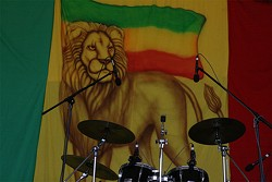 ed674035_mystic_lion_drums.jpg