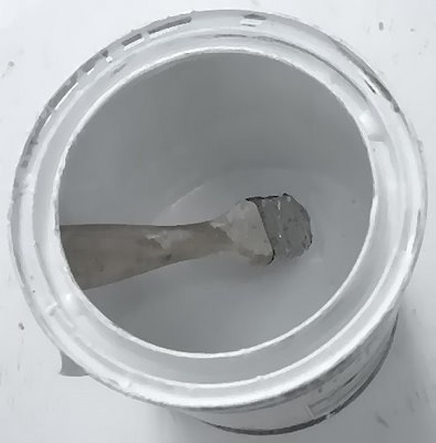 white_paint_can.jpg