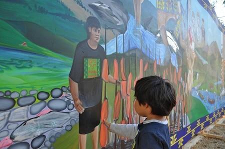 water-writes-mural-klamath.jpg