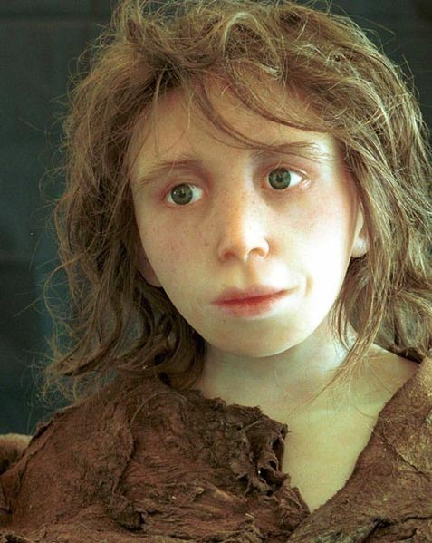 Reconstruction of a Neanderthal child, from a skeleton found in Gibraltar in 1926. Tomographic scanning was used to convert the remains into a computer model, from which a physical model was constructed using stereolithography. - ANTHROPOLOGICAL INSTITUTE, UNIVERSITY OF ZÜRICH, PUBLIC DOMAIN.